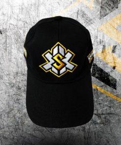 gorra negra bordada