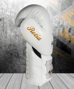 guantes de boxeo blanco